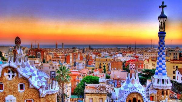 how to travel from barcelona to valencia